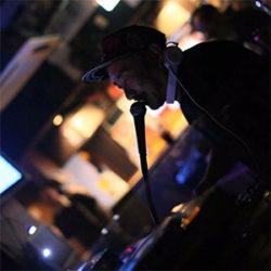 DJ HIROSHI